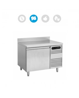 TABLE GASTRONORME COMPACT